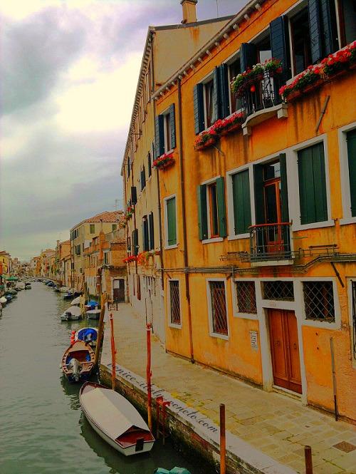 A canal in Venice's Cannaregio District