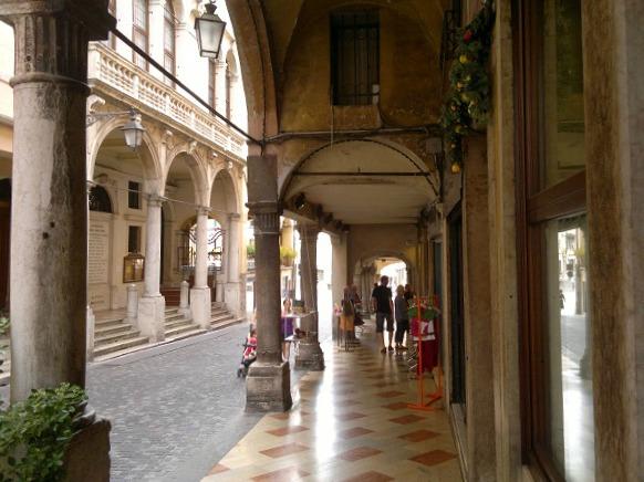 Shopping in Bassano del Grappa