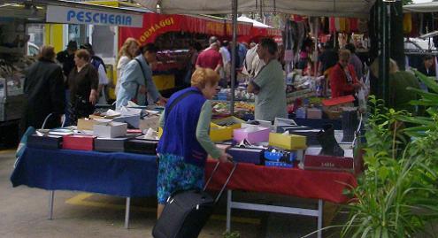Desenzano Market Garda