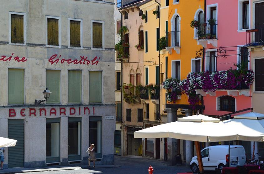 Piazza delle Erbe, Vicenza