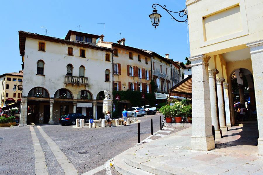 Piazza Asolo