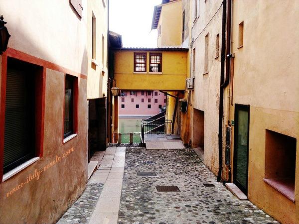 The Lane to the Brenta