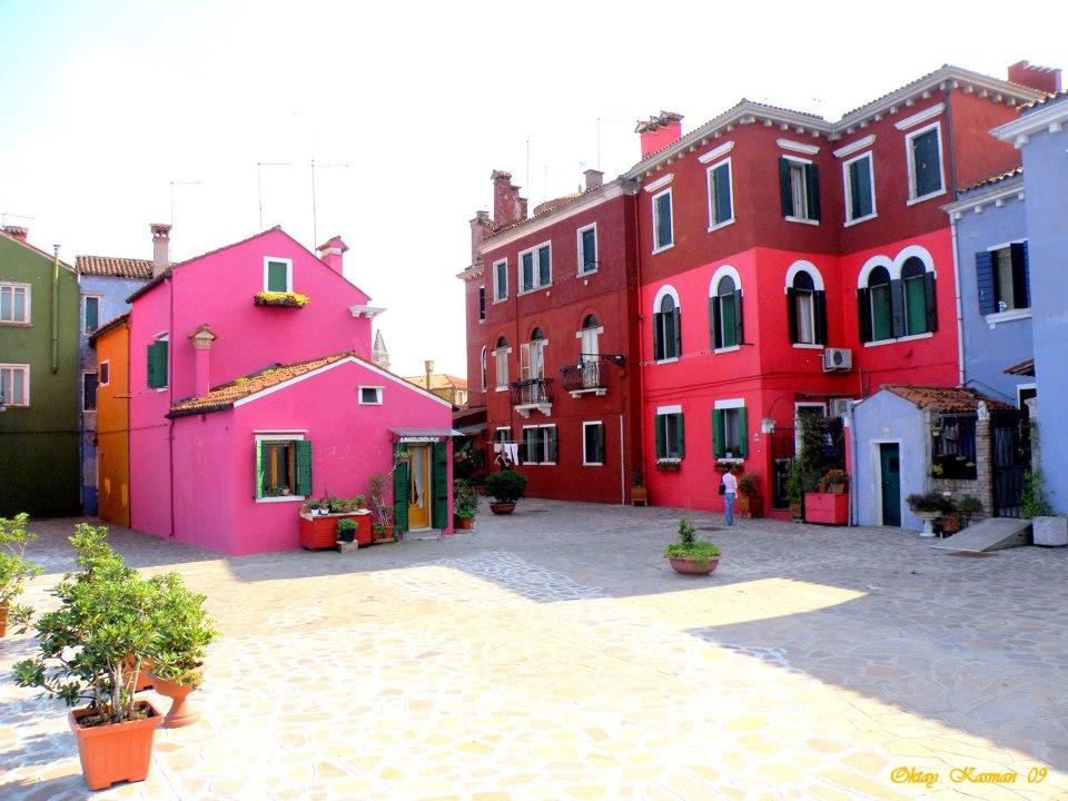 Burano Italy By Oktay Kasman