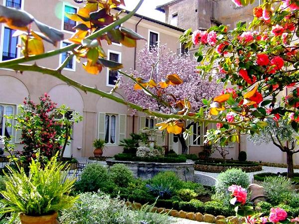 Hotel Donna Camilla
