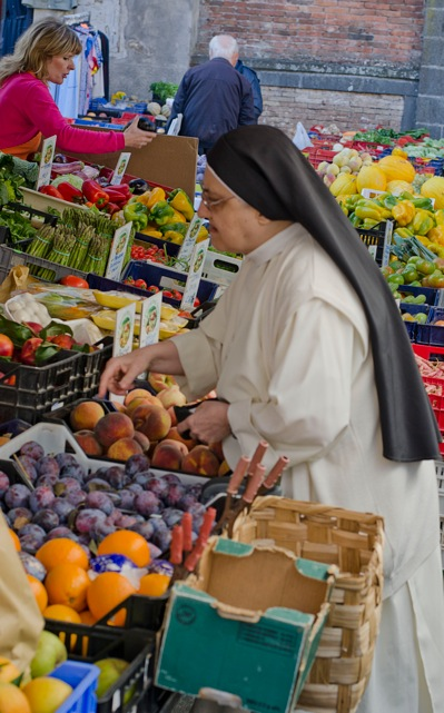 nun in Italy