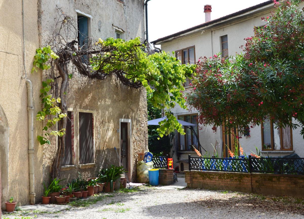 Courtyard in Piovene