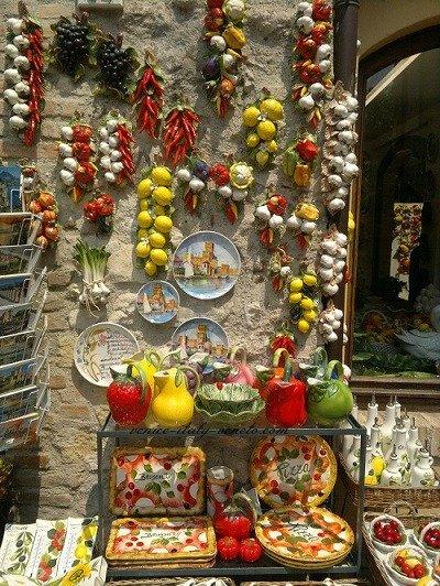 A ceramic shop in Sirmione, Italy