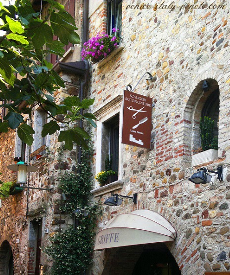 Old stone wall Sirmione Street