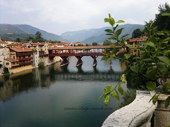 Photo of the wooden bridge in Bassano del Grappa Italy
