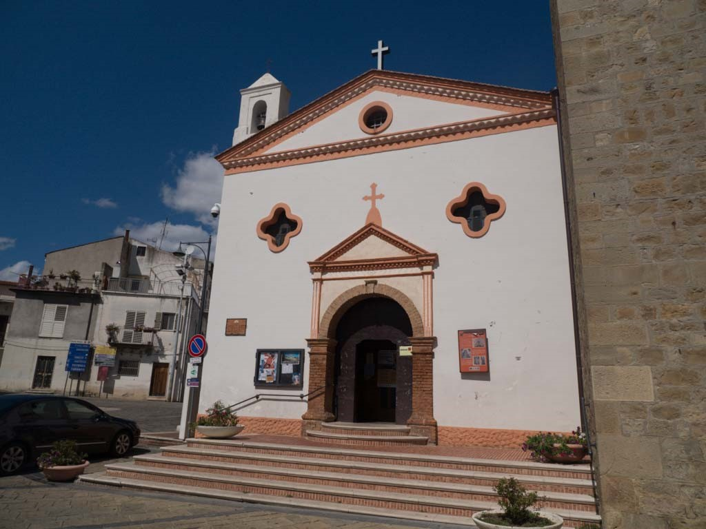 A church with eyes in Aliano