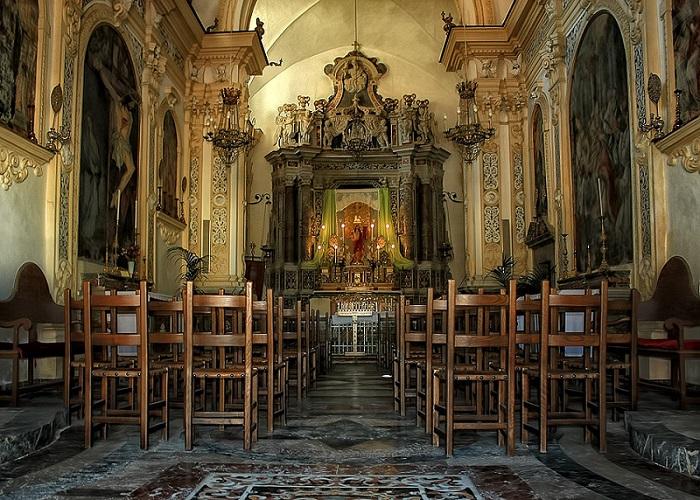 A little church in Venice