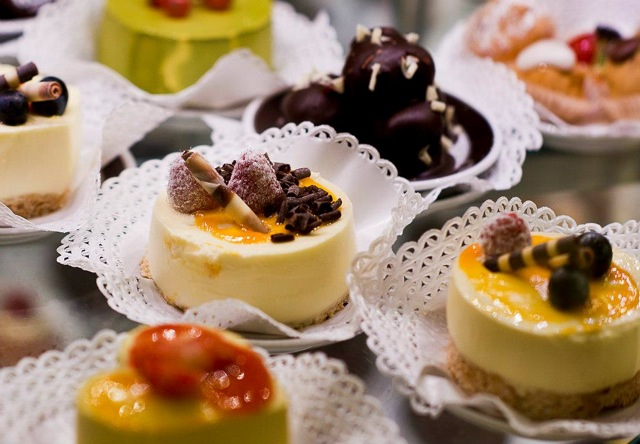 Italian cakes and pastries
