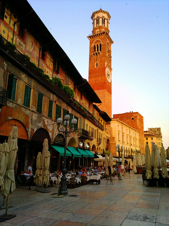 Piazza delle Erbe Verona