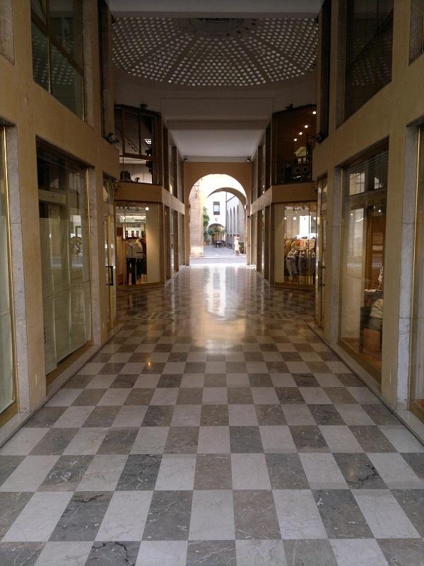 Shopping Arcade Vicenza